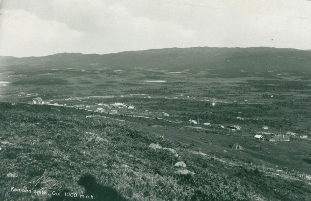 Einarset mot Kamben ca 1930. Historien om Golsfjellet i Hallingdal.