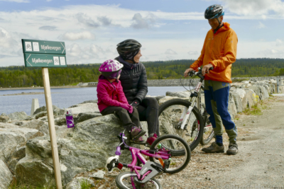 Tisleifjorden rundt på Golsfjellet i Hallingdal. Sykkeltur, sykling, fjellsykling. Foto: Birgit Haugen