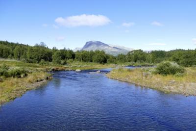 Utsikt mot Skogshorn fra Nøra. Tisleifjorden rundt. Golsfjellet, Hallingdal, Hemsedal. Foto: Birgit Haugen