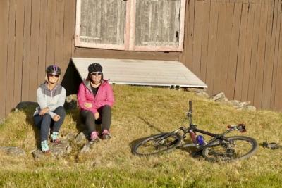 Sykkelmuligheter for hele familien. Stølsidyll på Golsfjellet i Hallingdal. Foto: Birgit Haugen